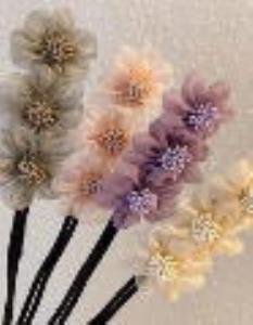 آموزش درست کردن گل سر با پارچه های اضافی