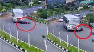 خوش شانسی موتورسوار پس از افتادن در مقابل اتوبوس