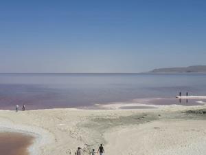 وسعت دریاچه ارومیه به کمتر از ۲۰۰۰ کیلومتر مربع رسید