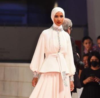 استايل تنها مدل مسلمان در ونيز