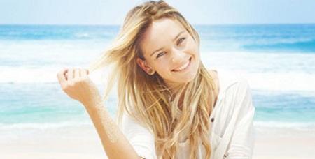 تاثیر نور خورشید بر رنگ مو و رشد مو