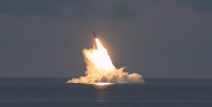 نیروی دریایی آمریکا دو موشک بالستیک اتمی شلیک کرد