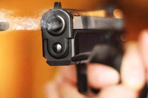لحظه شليک مجرم مسلح سابقهدار به پليس در گلپايگان