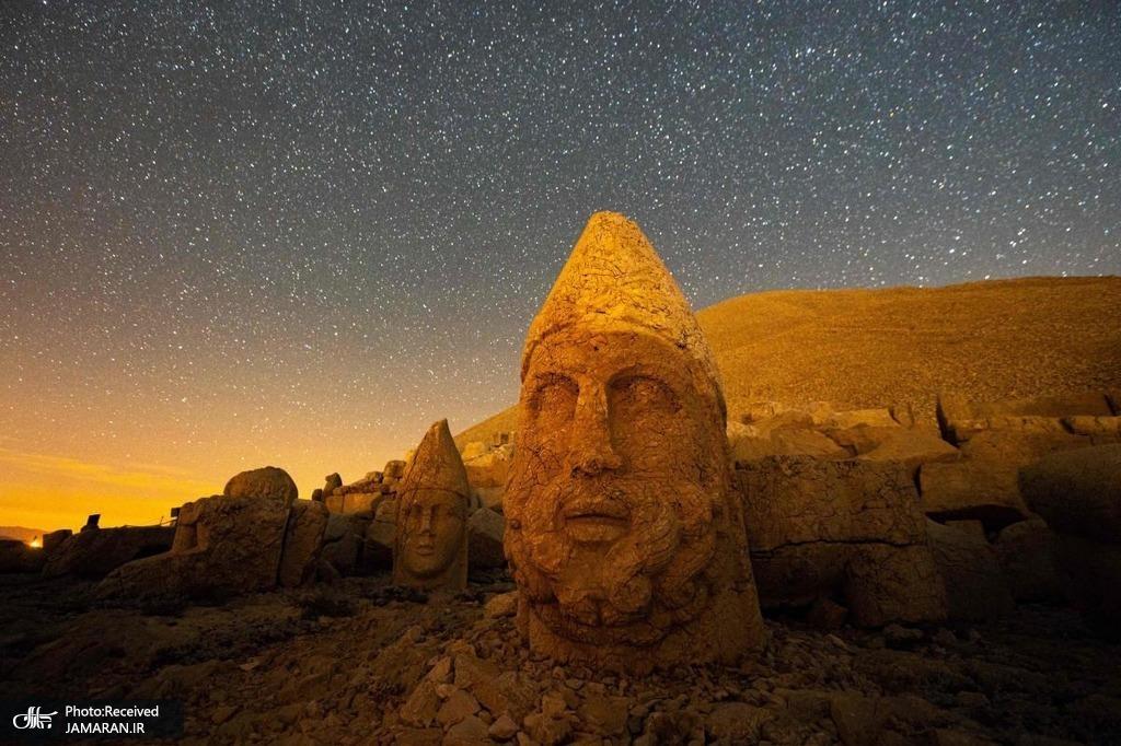 مجسمه های کوه نمرود در ترکیه