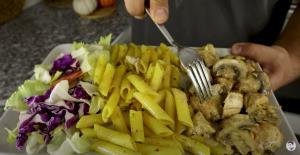 پاستا با کرم مانتار غذای پرطر�دار رستوران های ترکیه