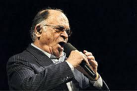 آهنگ دلنشین «عاشقانه» با صدای زنده یاد محمد نوری