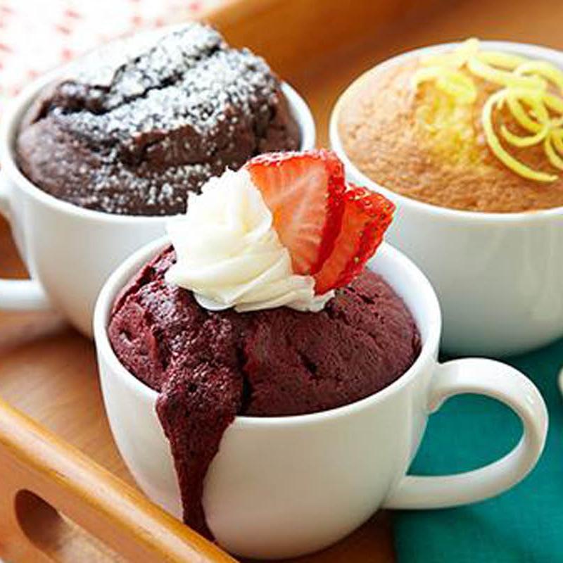 آموزش «کيک فنجوني شکلاتي» بدون نياز به فر براي صبحانه فردا