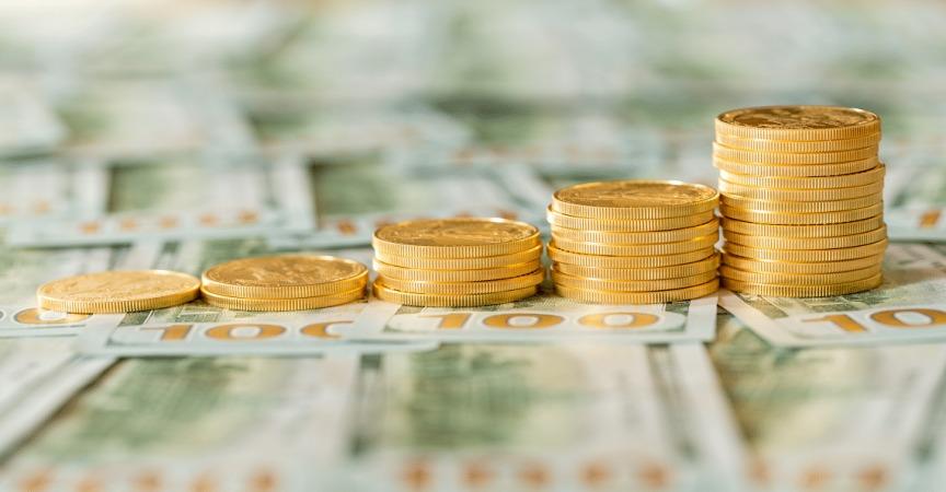 حرکت آرام دلار در کانال 27 هزار تومان؛ کاهش جزئی قیمت سکه امامی