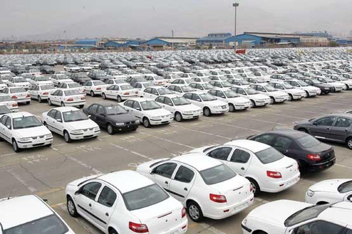 نماينده مجلس: بازار انحصاري خودرو باعث شده خودروسازان ايراني لوس شوند