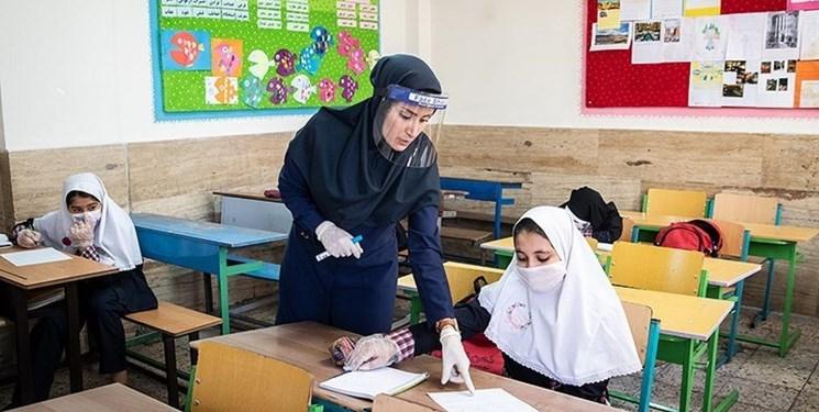 ۹۸ درصد دانشآموزان کرمانشاه در مدارس ثبتنام کردند