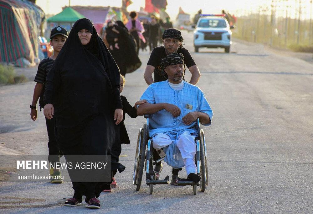 عکس/ پیاده روی اربعین حسینی در مسیر کوفه به کربلا