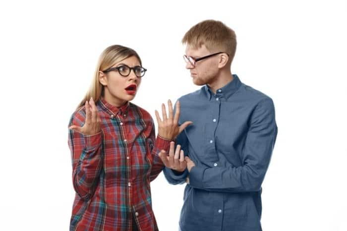 روش بحث و صحبت با افراد حق به جانب