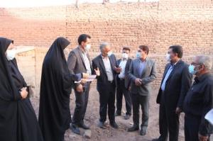 بازدید استاندار کرمان از طرح مسکن زنان سرپرست خانوار