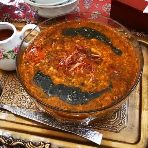 طبخ «شوربا ترش» آش اصیل ایرانی به سبک مادر بزرگ