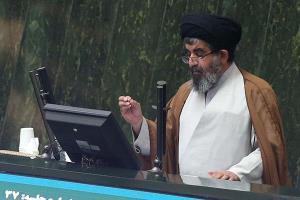 انتقاد موسوی لارگانی از شروط سفر اربعین