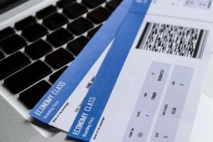 الزام خطوط هوایی به عرضه بلیت دو طرفه برای زائران اربعین