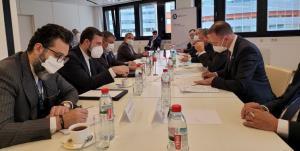 گفتوگوی سازنده اسلامی با مدیرکل روس اتم در وین