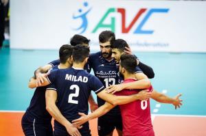 قهرمان آسیا فردا وارد تهران میشود