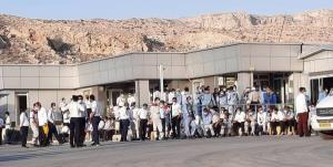 اعتراضات ۳ ساعته کارگران پالایشگاه فجر جم؛ مسئولین قول رسیدگی دادند