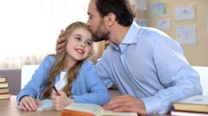 چطور به فرزند خود کمک کنیم تا با استرس امتحان کنار بیاید؟