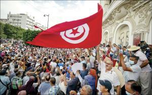 تونس؛ بازگشت بهعقب