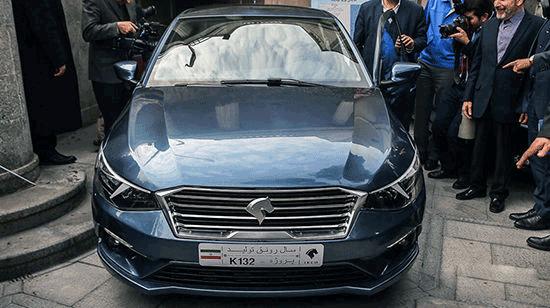 تخلف خودروسازان از مصوبه شورای رقابت/پیش فروش تارا با قیمت نامشخص
