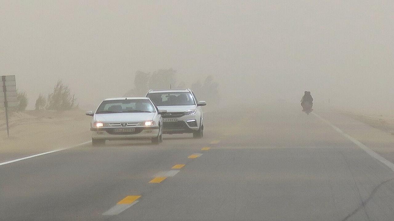 وزش بادهای ۱۲۰ روزه تا پنج شنبه در سیستان ادامه دارد