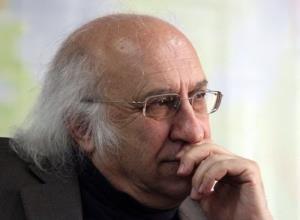 ابومحمد عسگرخانی، استاد بازنشسته دانشگاه تهران، بر اثر کرونا درگذشت
