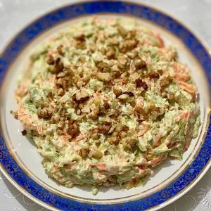 طرز تهیه سالاد هویج و کدو سبز خوشمزه به روش رژیمی