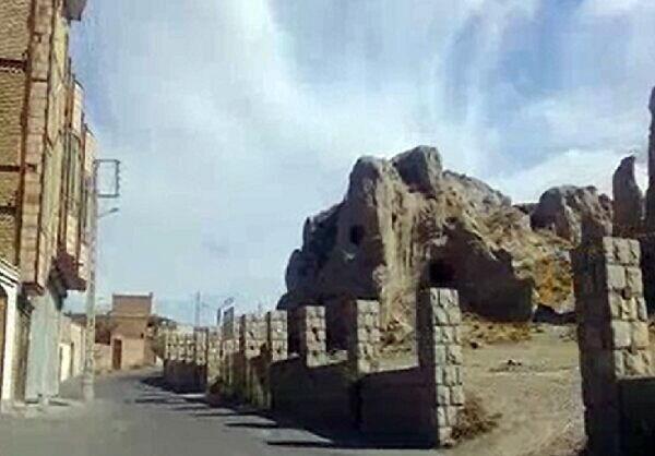 ساختوسازهای غیرمجاز در مجاورت اماکن تاریخی مرند ممنوع است