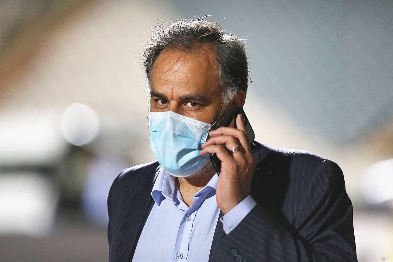مدیر عامل مستعفی همچنان در باشگاه استقلال است