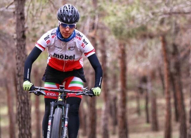 دختر رکابزن ایران برای بازیهای آسیایی آماده میشود