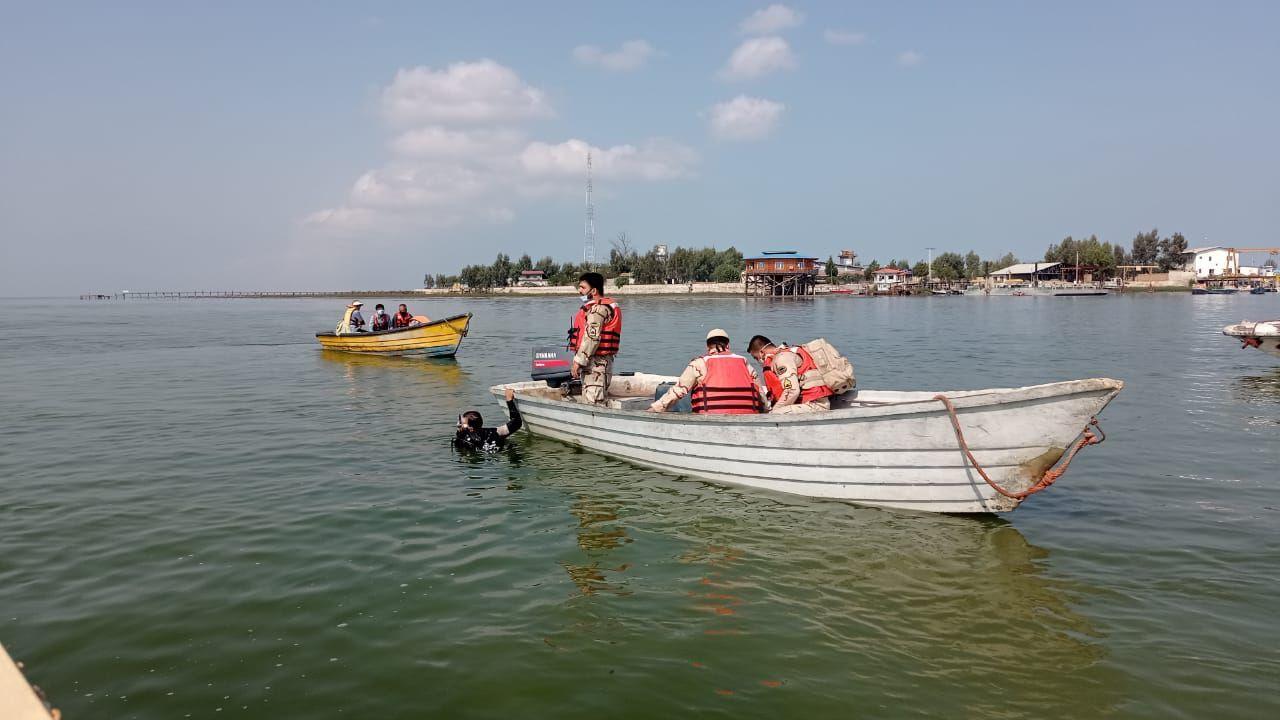 مانور جستجو و نجات دریایی در جزیره آشوراده و خلیج گرگان برگزار شد