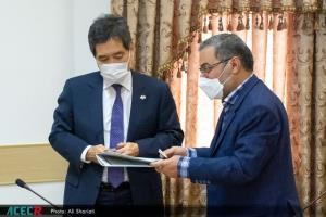سفیر ژاپن با رئیس جهاد دانشگاهی قم دیدار کرد