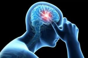 کرونا/ بروز سردرد سه روز بعد از تزریق واکسن را جدی بگیرید