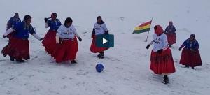 4گوشه دنیا/ فوتبال زنان بولیویایی در ارتفاعات