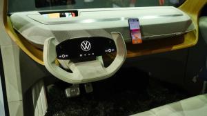 رونمایی فولکسواگن از خودروی جذاب جدیدش با سینمای خانگی