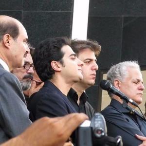 یادی از اجرای همایون شجریان در مراسم ختم پرویز مشکاتیان