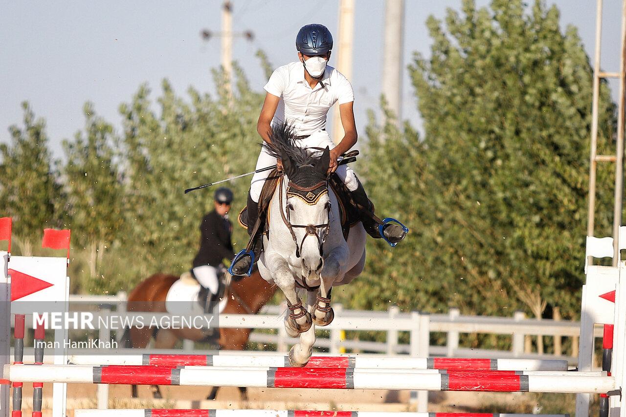 برگزاری مسابقات پرش با اسب در همدان