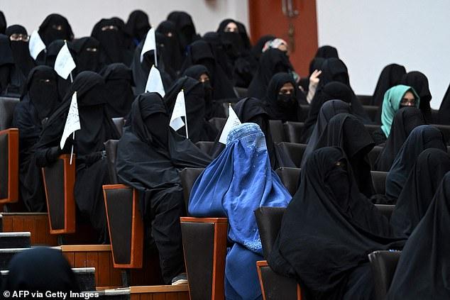 همایش زنان حامی طالبان؛ مجبورمان کردند