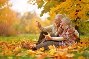 توصیه های پاییزی به سالمندان