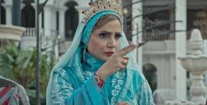 ملکه شهر سپیدان وارد میشود