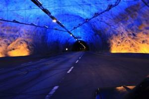تونل و میدان زیر دریایی در کشور نروژ