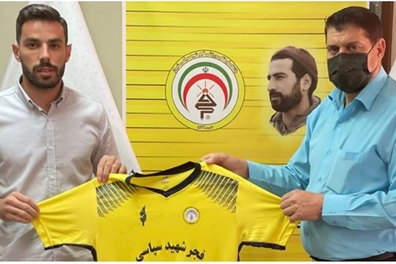 عرفان معصومی و امید منصوری به تیم فجرسپاسی پیوستند