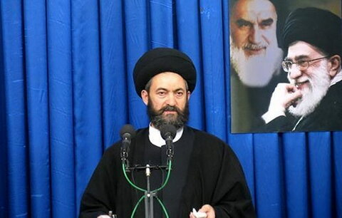 واکنش امامجمعه اردبیل به گستاخی چند نماینده جمهوری آذربایجان