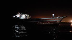 یک فروند لنج تجاری در کنگان از غرق شدن نجات یافت