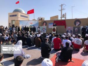 رئیس جمهوری از یادمان ملی شهدای قلاویزان مهران بازدید کرد