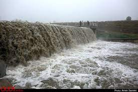 جاری شدن سیلاب در رودخانه کاجوی سیستانوبلوچستان