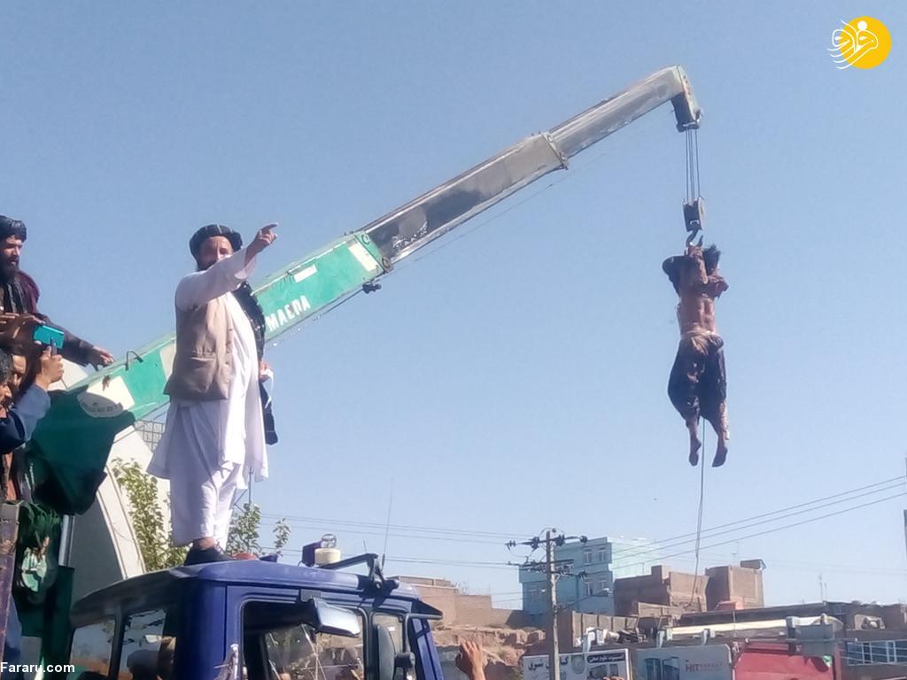 عکس/ اعدام ۴ مرد در ملاعام توسط طلبان! (+16)