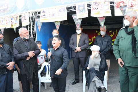 نوجوان شیرازی امام جمعه شیراز را به گریه انداخت